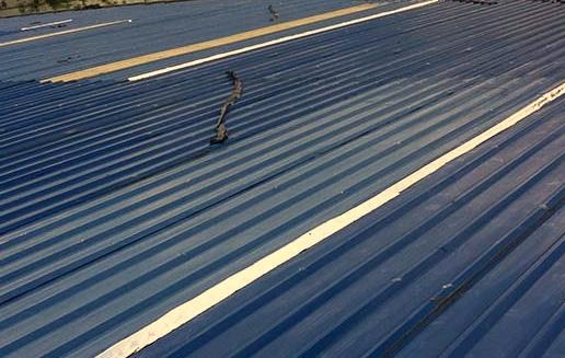 sửa chữa thấm dột mái tôn
